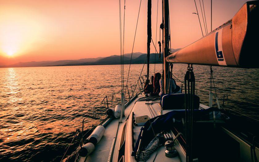 markos mant 0nKRq0IknHw unsplash 840x525 - Søger du bådudstyr?
