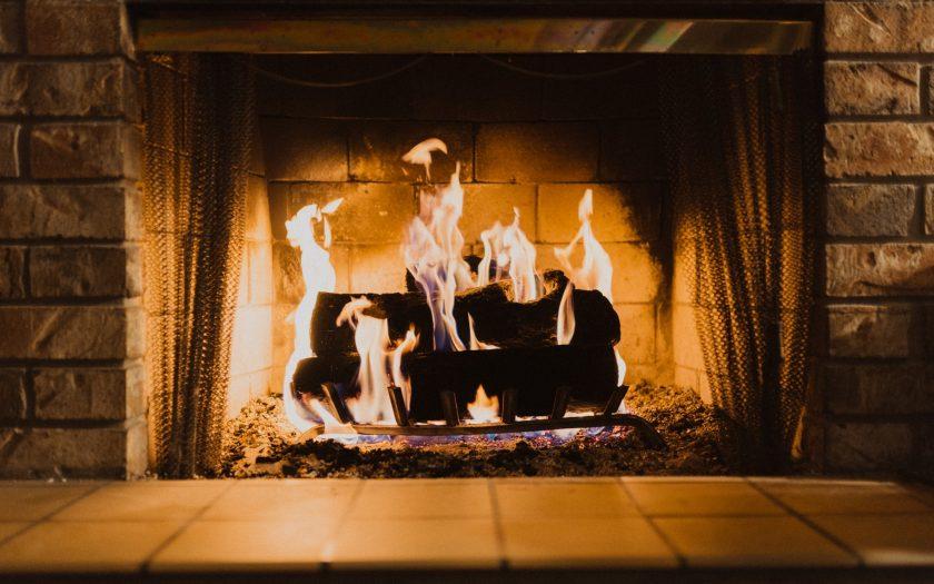 hayden scott lyTgIeUBOUE unsplash 840x525 - Hvilken varmekilde er bedst til mit hjem?
