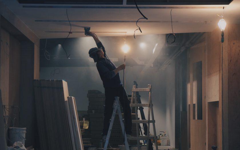 henry co 3coKbdfnAFg unsplash 840x525 - Sådan vælger du det rigtige byggefirma