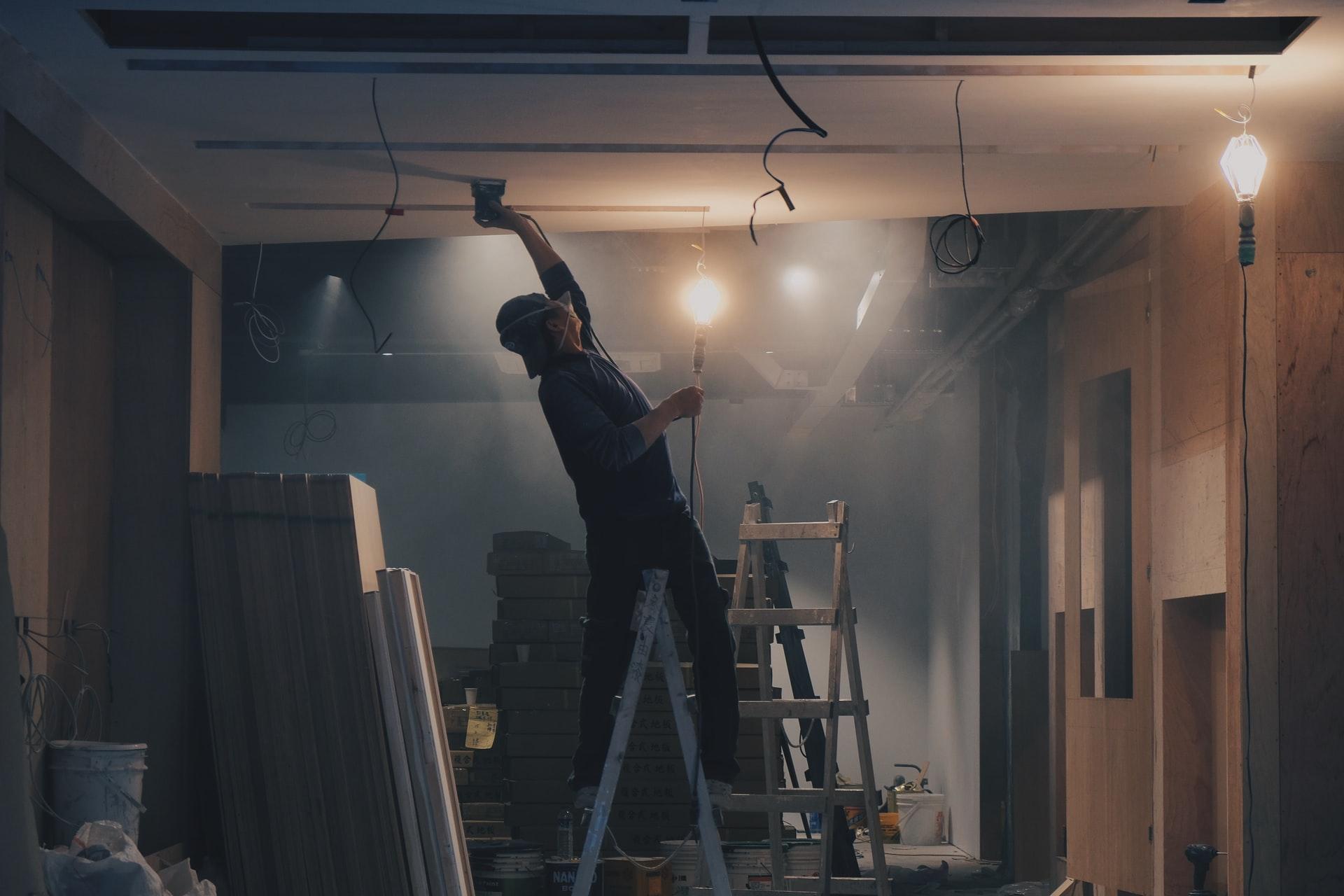 henry co 3coKbdfnAFg unsplash - Sådan vælger du det rigtige byggefirma
