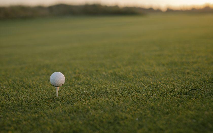 pexels cottonbro 6256836 840x525 - Spil golf med omtanke
