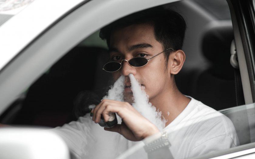 pexels jc romero 5117732 840x525 - Find den perfekte e-cigaret