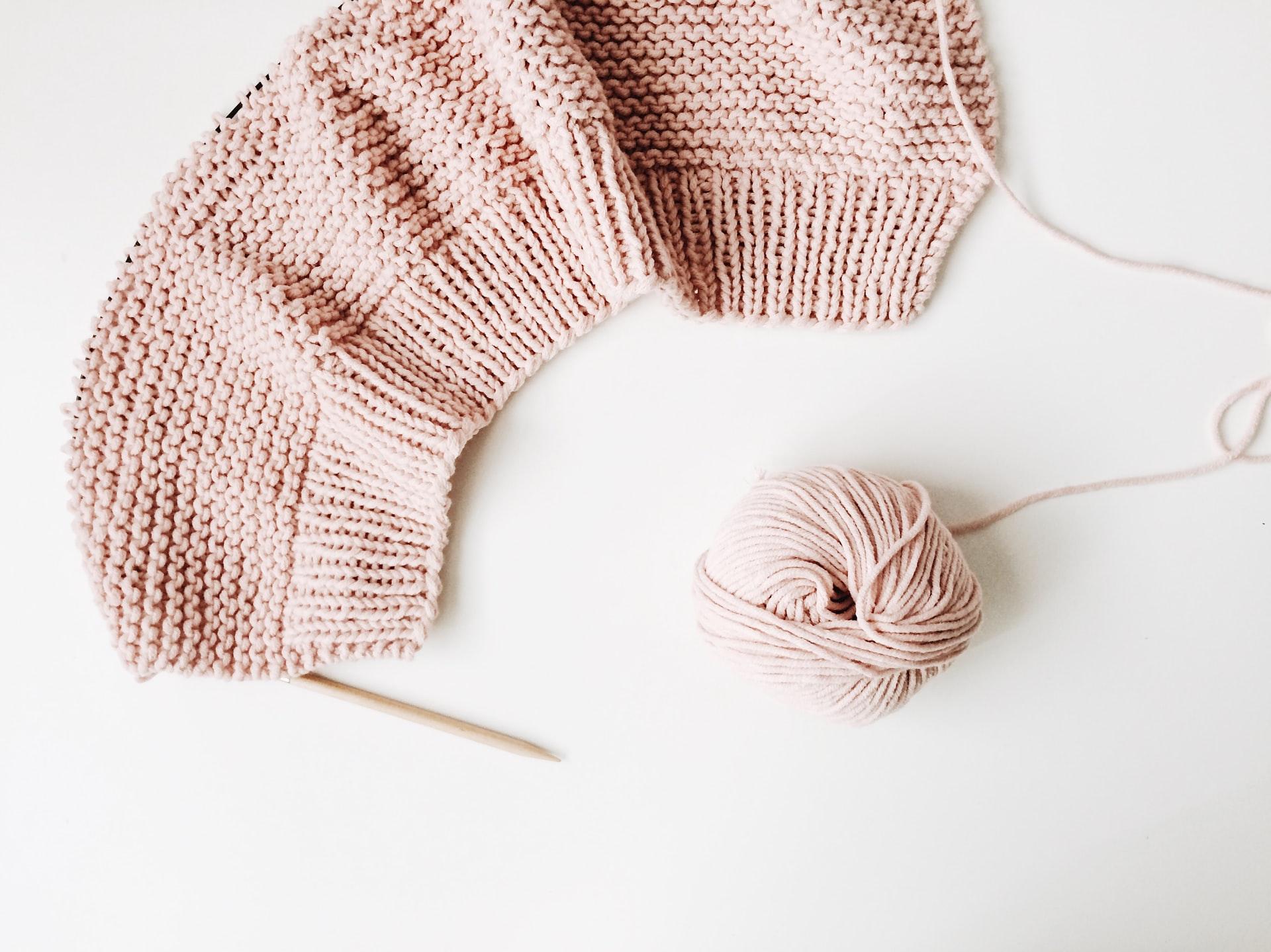 rocknwool Ls7yE8NpNqk unsplash - Hvad skal jeg bruge til mit strikkeprojekt?